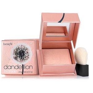 💜2/$32💜 Benefit Dandelion Nude Pink Highlighter